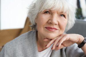 Acido hiraulonico y rellenos faciales para rellenar entrecejo comisura bucal y surco nasogeniano