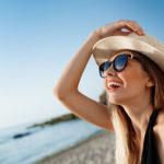 Clínica estética Maestro. Es importante cuidar la piel en verano siguiendo nuestros consejos
